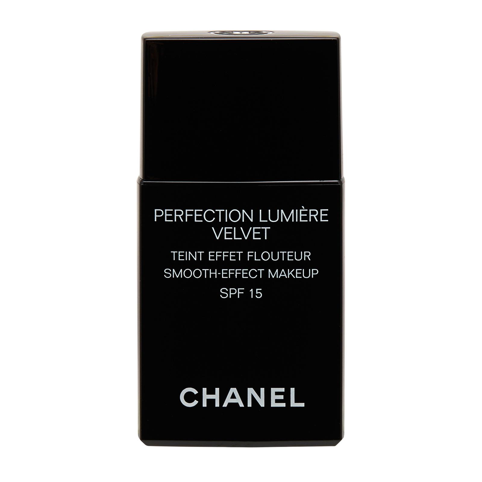 Chanel Perfection Lumiere Velvet  Smooth-Effect Makeup SPF 15 20 Beige, 1oz, 30ml